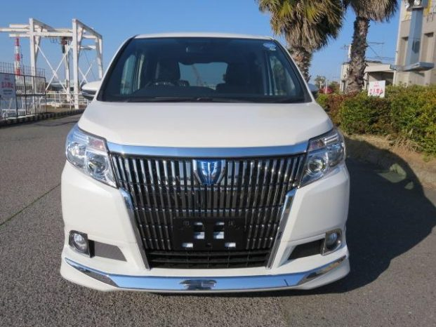 Reconditioned Toyota Esquire 2015 full