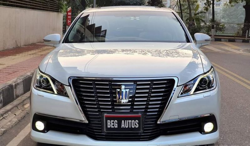 Used Toyota Crown Royal 2013 full